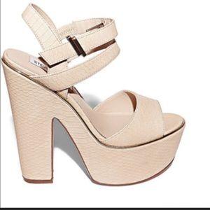 Steve Madden Depaolo Platform Heel Peep Toe Shoes